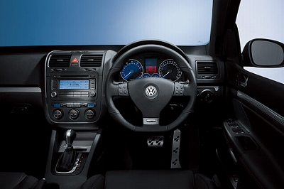 VW-Golf-R32-IN-1.jpg