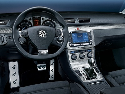 VW_Passat-R36_IN-1.jpg